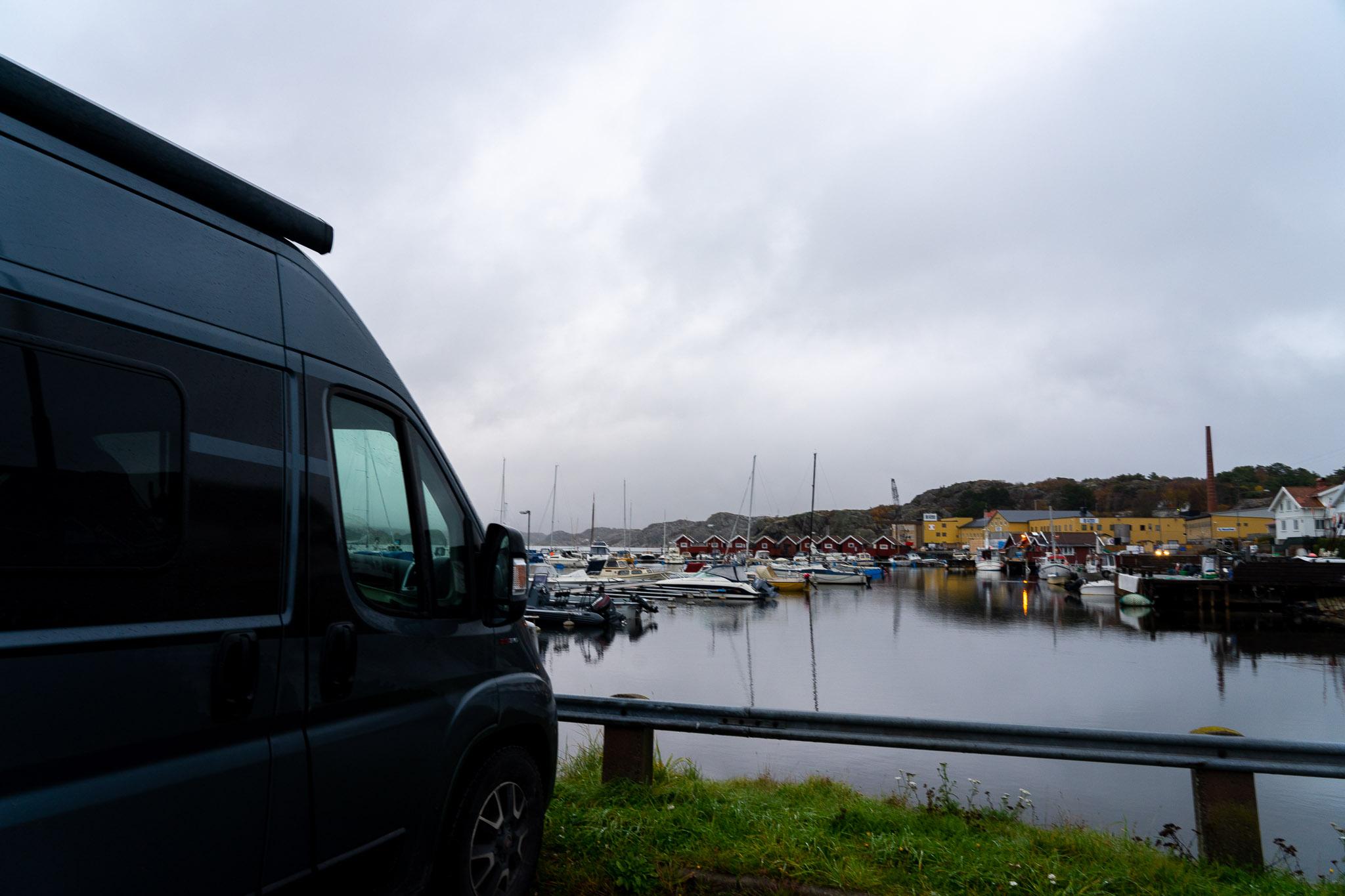 Hirvigo im Hafen