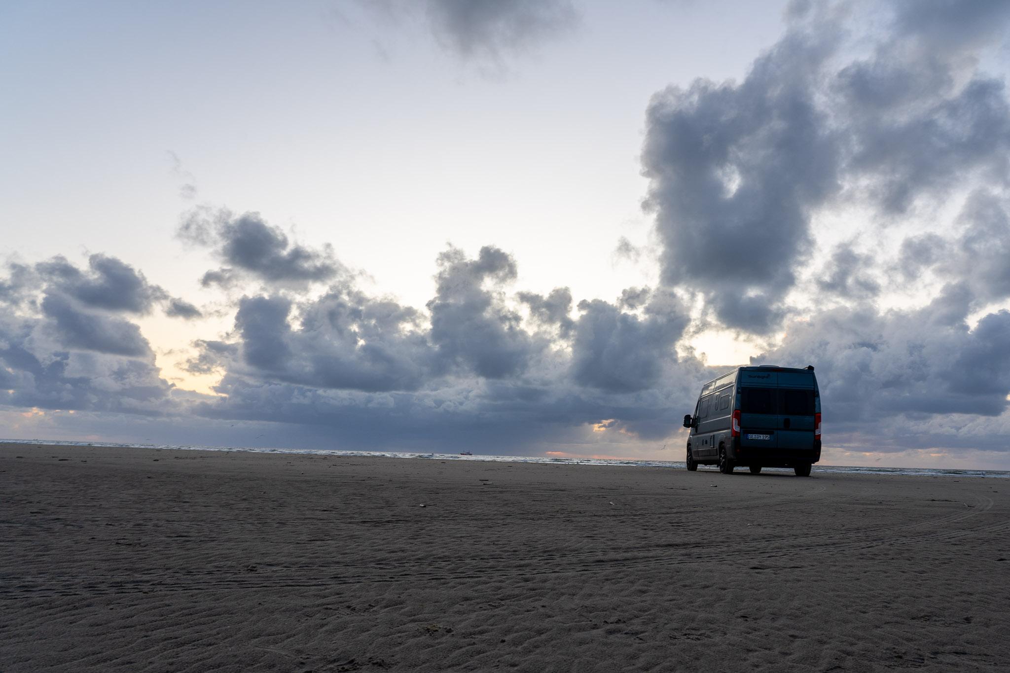 Hirvigo im Sand